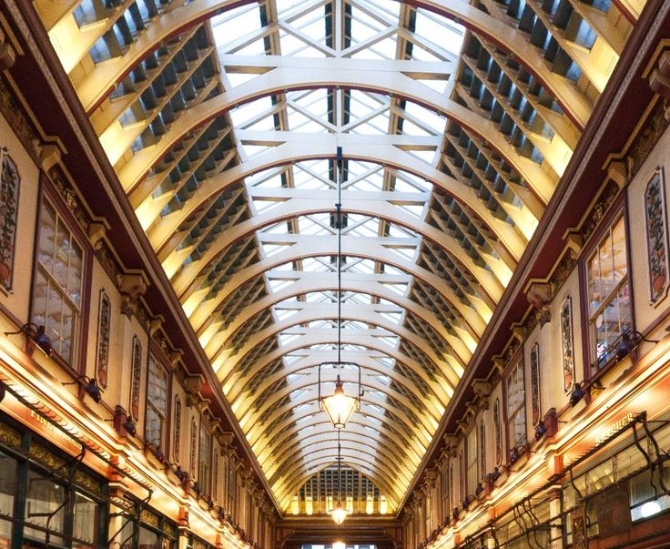 Leadenhall in London by Andrea Biffi https://www.360cities.net/image/leadenhall#195.08,-27.27,71.0