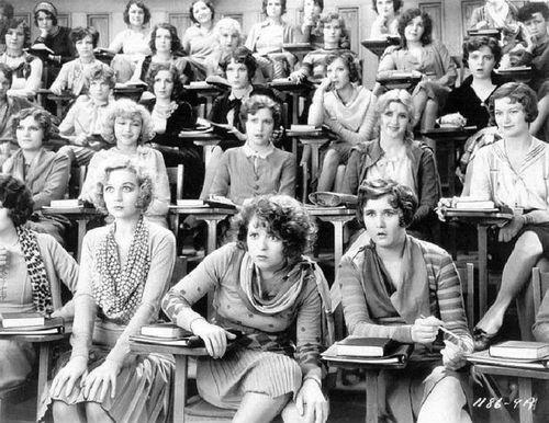 Clase de educación sexual (observe la expresión de las caras). 1929.