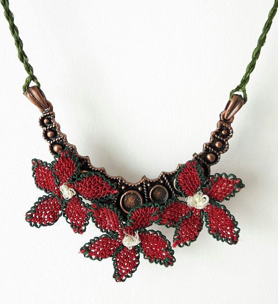 Needle Lace Necklace Floral Necklace Collar Necklace by MeruHome