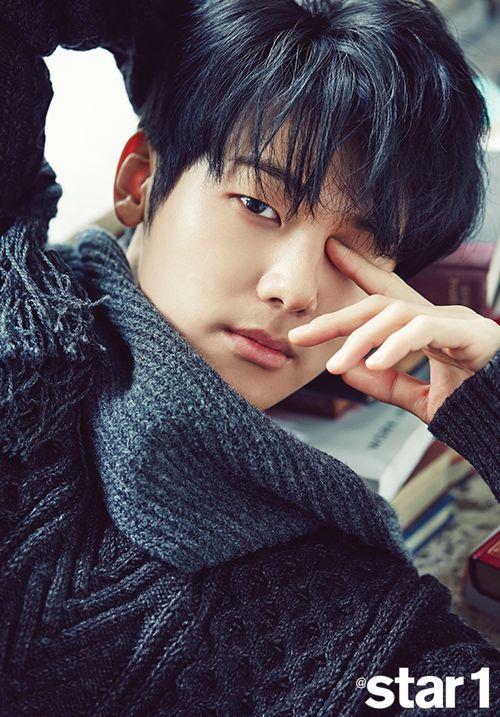 Kang Min-Hyuk (Entertainer, The Heirs, Heartstrings)
