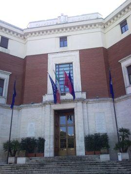 Pescara: torre civica illuminata di blu per la giornata di consapevolezza dell'autismo - Attualità - Primo Piano