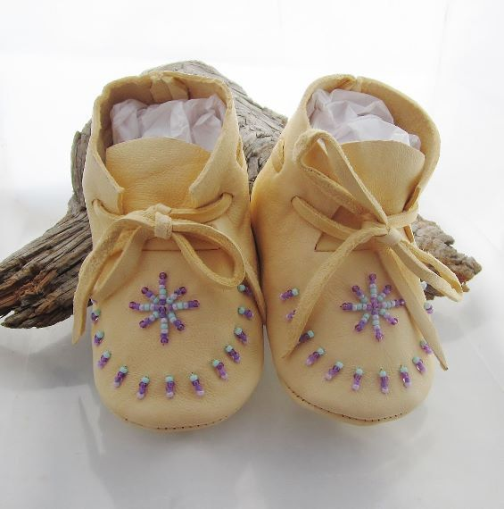 Hey, I found this really awesome Etsy listing at https://www.etsy.com/listing/177874978/beaded-baby-moccasin-shoes-made-of-soft