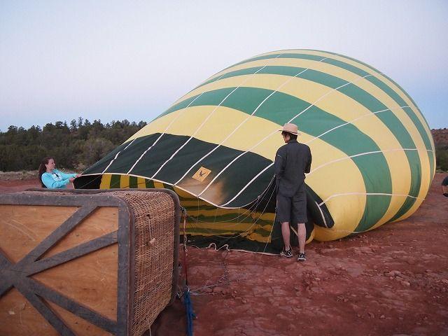 気球膨らますお手伝い