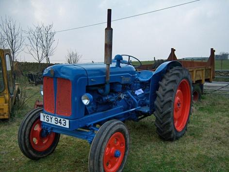 Fordson Major - Vintage Tractor (Location: UK) For sale on www.resaleweekly.com
