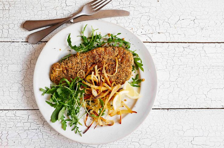 This turkey schnitzel recipe is the perfect healthy take on the classic cheeky…