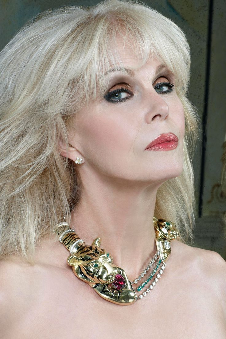 Classify British Actress/Former 1969 Bond Girl - Joanna Lumley (OBE)