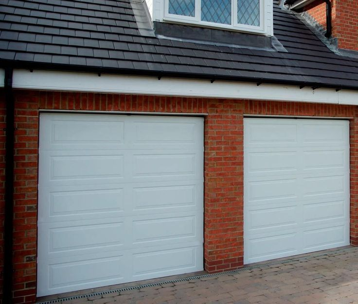 Sectional Garage Doors Long Island    Http://www.longislandgaragedoorscenter.com/