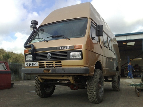 VW LT 40 4x4 Expedition by andy syncro-nutz,