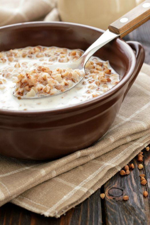 Slow Cooker Oatmeal Breakfast Porridge with Coconut, Almonds, and Cranberries on http://www.theculinarylife.com