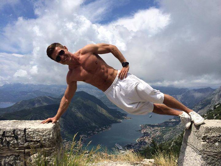 tomasz choiński - my favorite fitness  trainer (man)