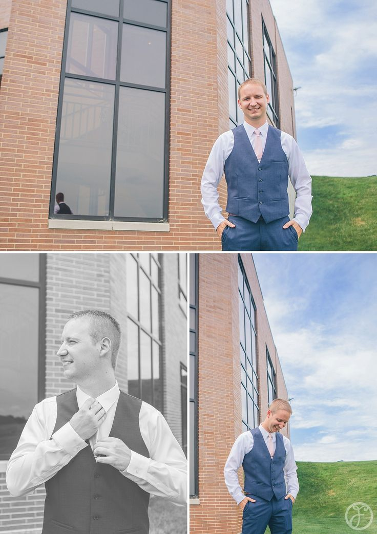 navy blue groom suit with pink tie, immaculate conception church columbia il