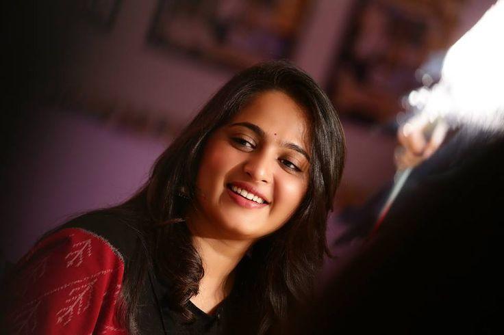 Rudrama Devi Anushka Shetty Hd Wallpaper Pjvt Free CloudPix