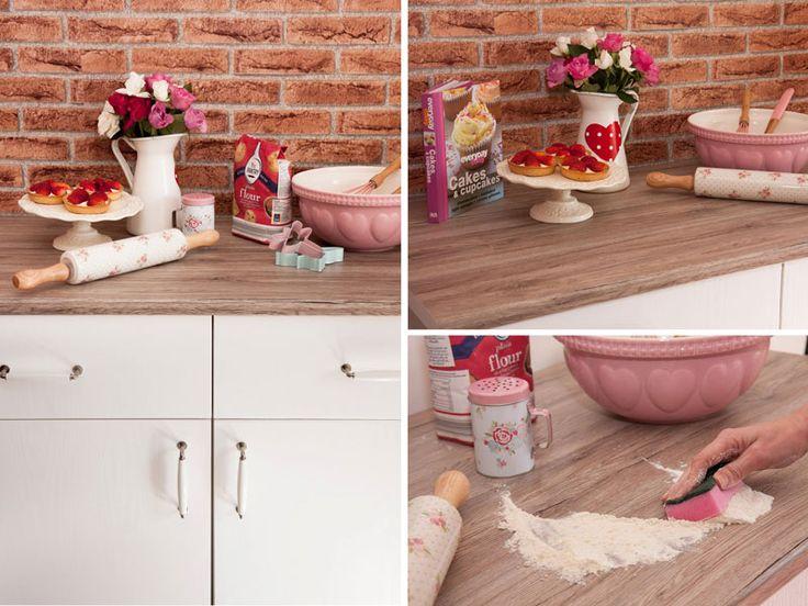 HOW TO: Kontaktplast på kjøkkenbenken. Les blogginnlegget og se monteringsvideo her.