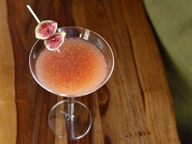 Fresh figs speak of indulgence to me, and this drink is no different. A fig puree is mixed with ginger ale, vodka, and lemon juice, and then sweetened with honey. Garnish with a fresh fig quarter to make this a showstopper.
