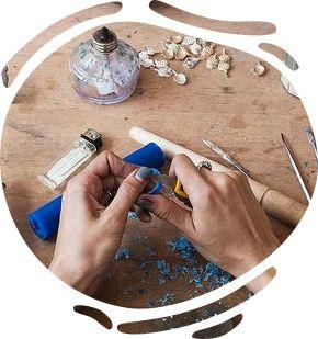 Оригинальные хендмейд изделия: одежда, аксессуары, украшения, сумки, косметика, канцелярия, сувениры от ведущих украинских мастеров на платформе Crafta (Крафта)