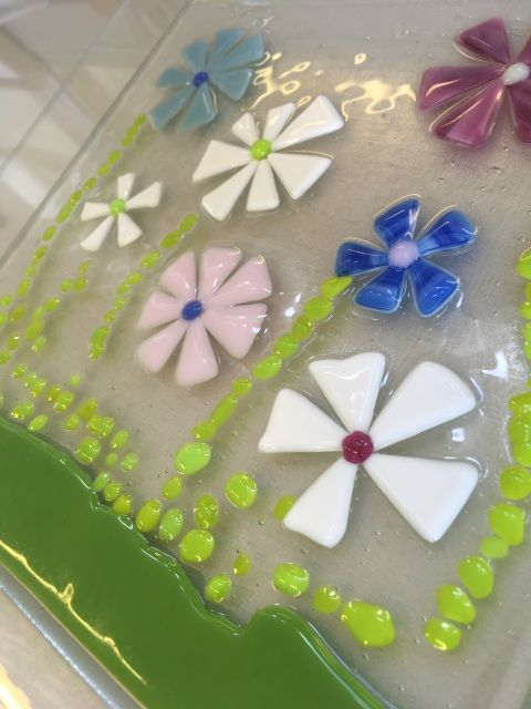Glass Fusing - Three Projects in Glass 12th September 2018 SKU: SE120918-8 £85.00 Tutor: Shirley Eccles  This course is an introduction to the skills and techniques involved in glass fusing and slumping. We will make three items during the day – glass jewellery fused in a microwave and two kiln-fired pieces (a bowl/platter and either coasters, a mirror frame or a wind chime). You will have the opportunity to experiment with a variety of ideas and glass materials.