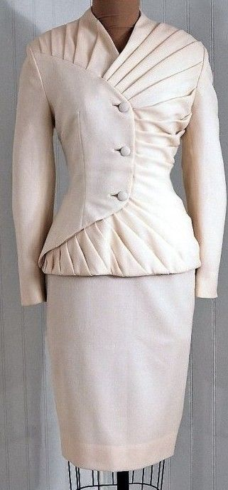 1940s - I would wear this now                                                                                                                                                                                 More