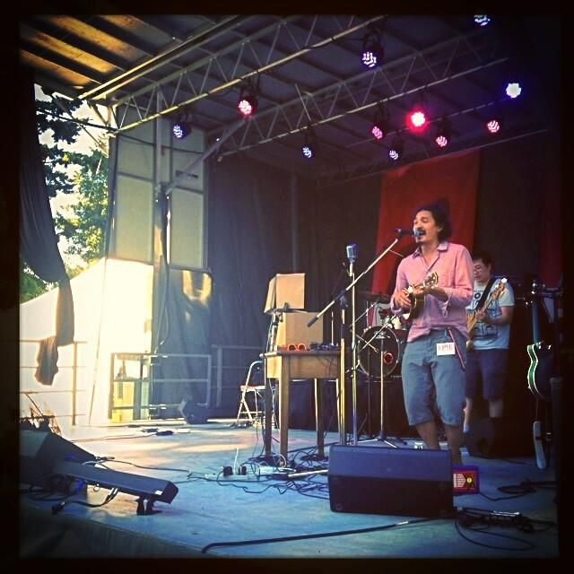 Buckman Coe's style is so groovy and funky. Everyone loved him on the Peak 102.7 Concert Stage!