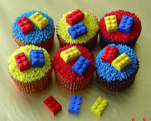 Lego Cupcake Idea - HOW ABOUT USING THE SWEET TART LEGOS FROM IT'S SUGAR?
