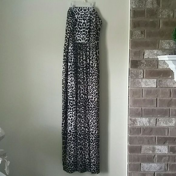 Asos Leopard Maxi Dress Tube Maxi dress with natural leopard color (looks black and white in pictures) ASOS Dresses