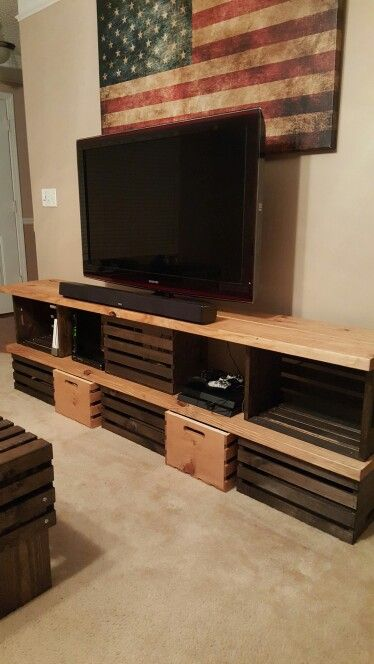 crate tv stand diy pinterest meubles parpaing et meuble t l. Black Bedroom Furniture Sets. Home Design Ideas