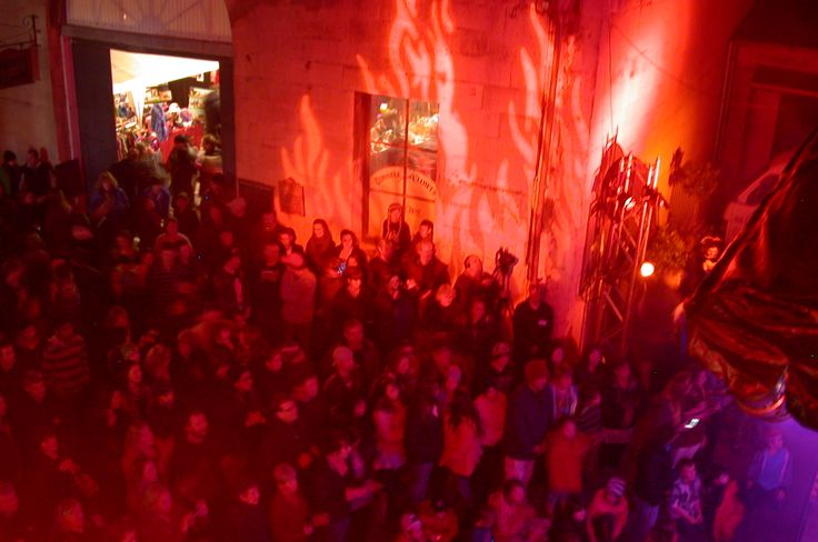 Locals and tourists unite at Oamaru on Fire - an annual steam and lighting spectacular! Held annually in Oamaru, South Island, New Zealand #newzealandevents