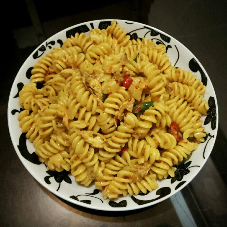 #curry #pasta #special #fussili #homemade #culinary #chefmoemoen