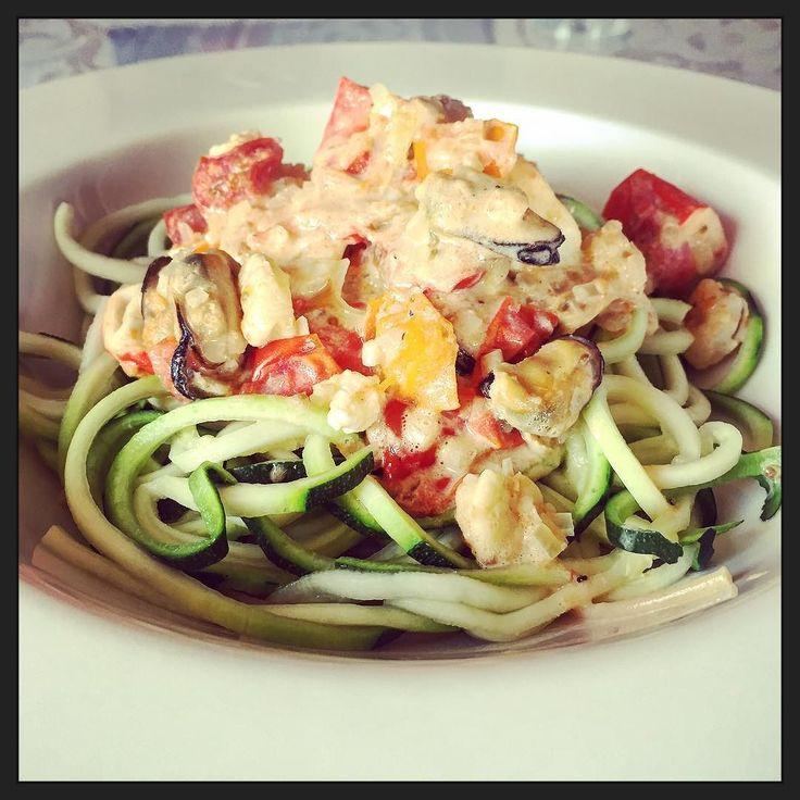 Daar gaan we weer: Fruits de mer met groenten spaghetti... :-) #eten #foodporn #myview