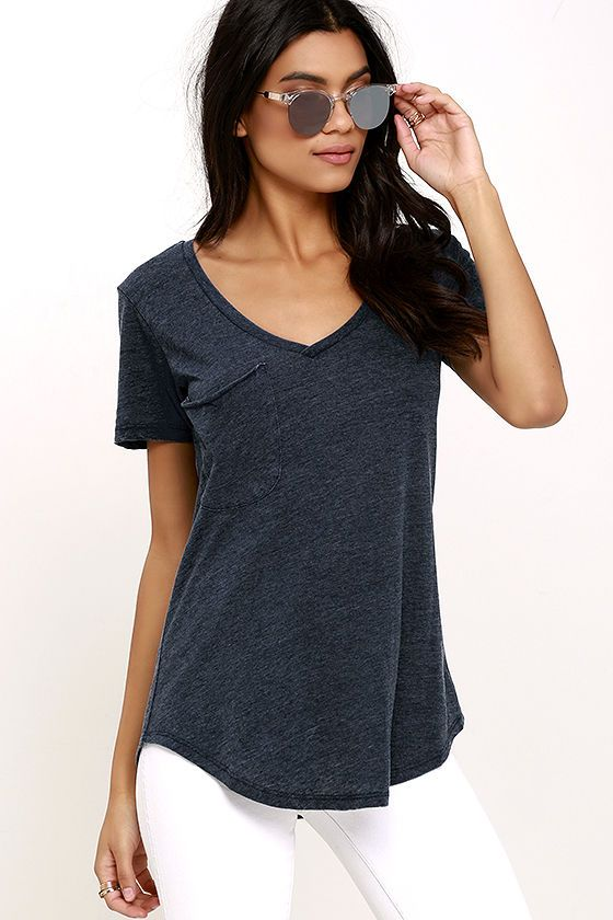 Not only will the Z Supply Pleasant Surprise Washed Navy Blue Tee put a smile on your face, it'll also show off your fabulous style sense! The V neck, short sleeves, and patch pocket keep the classic tee look on this comfy top, while jersey knit fabric has a burnout texture keeping it fresh and unique. Rounded hem brings the final touch.