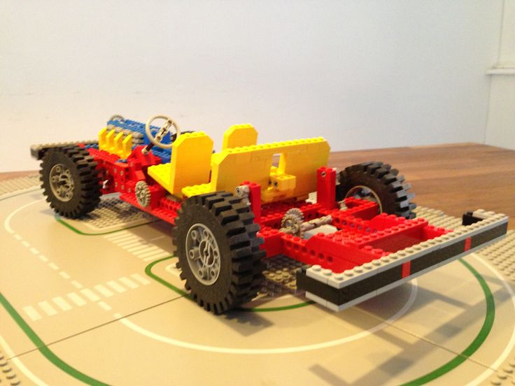 Lego 853, issued in 1977.