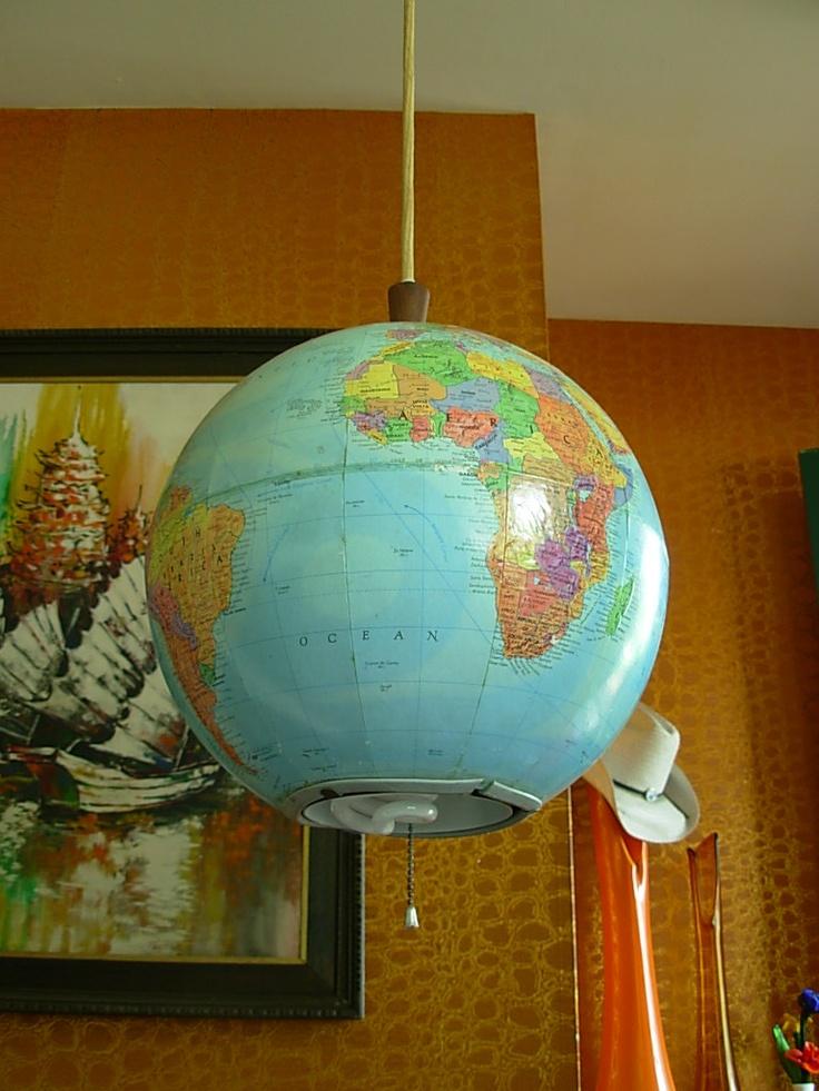 Vintage globe hanging lamp - *swoon*! #vintage #globe #lamp