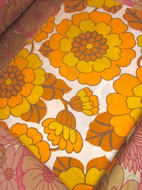 || Desert Lily Vintage || Ethical shopping. Bold. Empowered. 70s. Vintage 1970s floral fabric - I remember this when they weren't 'vintage'!!