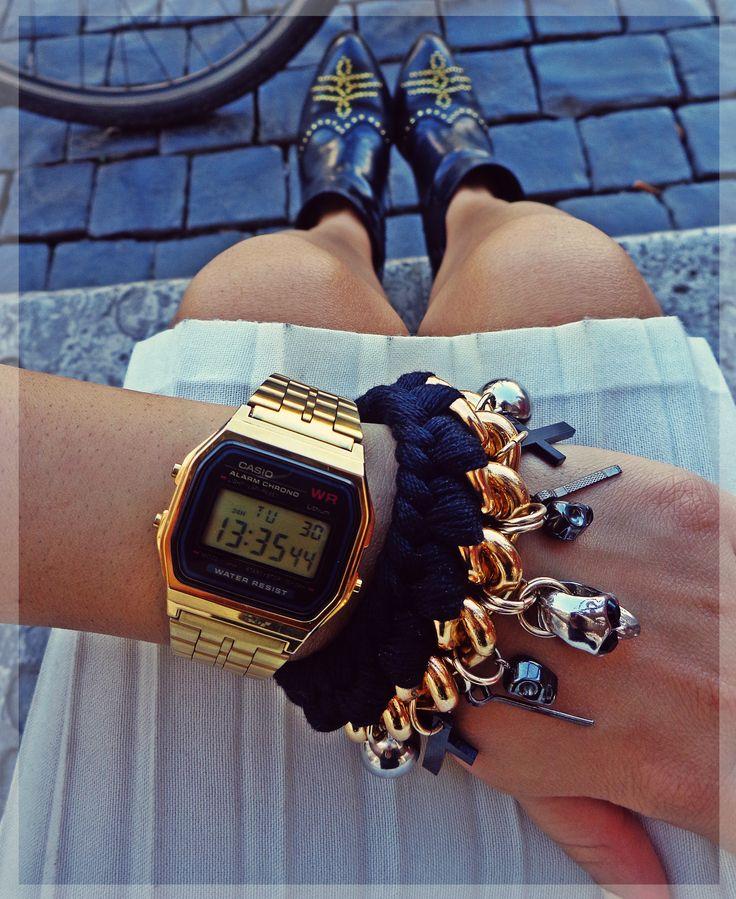 - simple plaited skull bracelet -   www.facebook.com/FireDeMurg