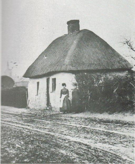 Thatched cottage - Wellowgate?