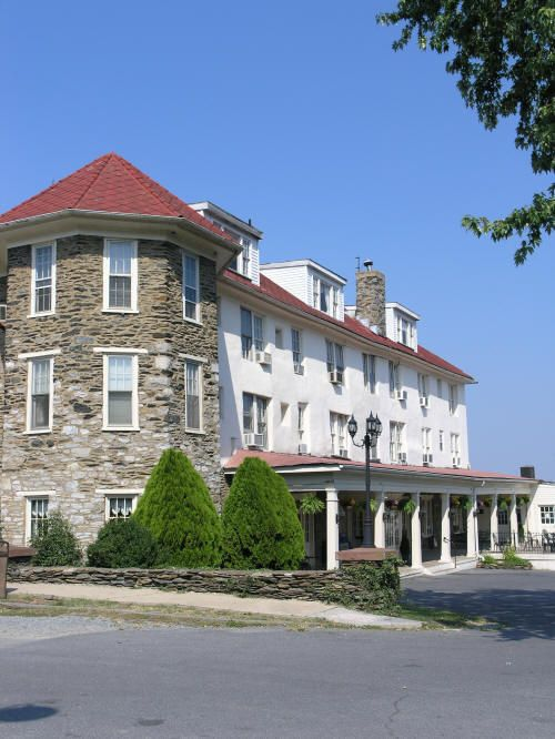 Hilltop House Hotel and Restaurant, Harpers Ferry...wow looking at these pictures it feels like it was yesterday that i was standing here.