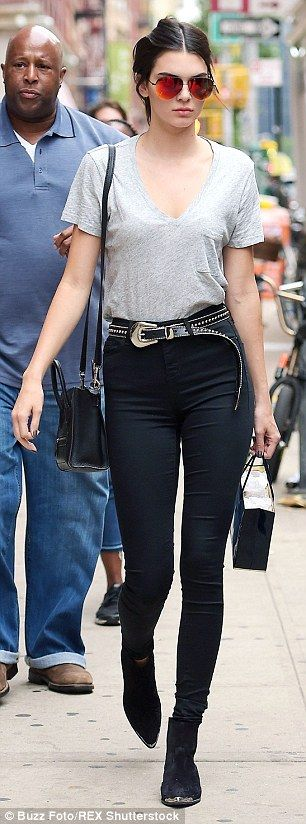 Putting in the leg work: Kendall showed off her toned pins in a pair of skintight black sk...