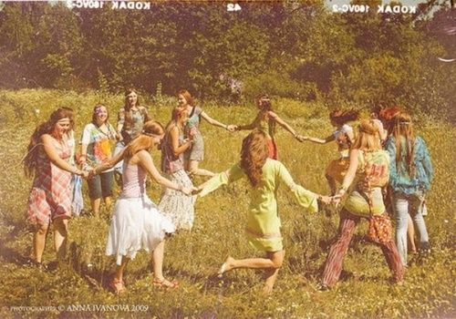 Hippie Communes 1960S | dancing flower child hippies commune nature love peace