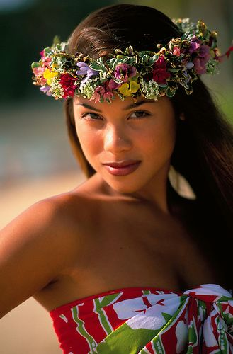 Polynesian Woman, Tahiti, French Polynesia