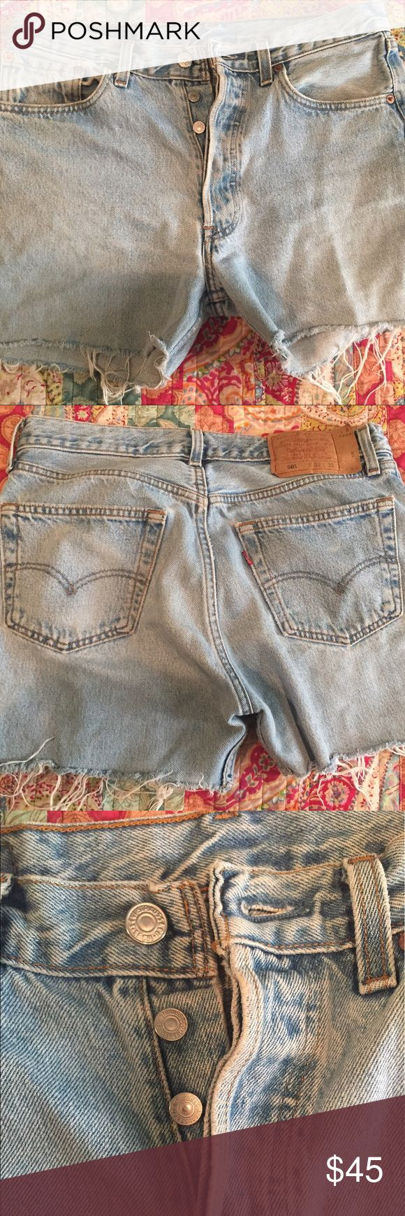 """⚡️FLASH SALE⚡️ Vintage Levi's High Waisted Shorts Vintage Levi's! ⚡️ High rise high waisted jean shorts. Authentic vintage Levi 501s. Size 32 but run small so check the vintage size chart in the pics! They fit like a size 6-8 and measure 16"""" across with no stretch. These are in excellent condition, barely worn.  Light wash. Back patch coming off a bit but I safety pinned them! Offers welcome and discounts available with a bundle. Levi's Shorts Jean Shorts"""