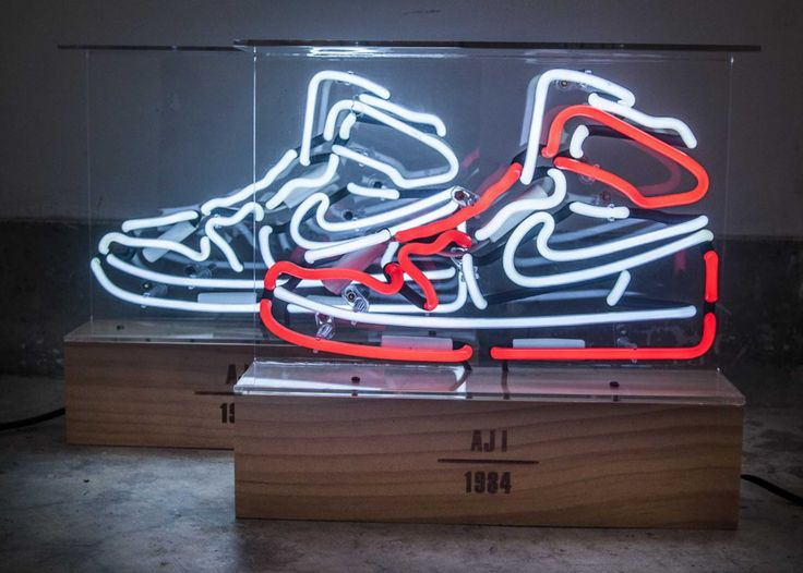 These Neon Lights Pay Tribute To The Air Jordan 1 Neon Nike Neon Neon Lighting