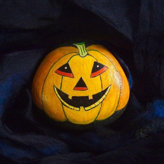 halloween pumpkins painted stones ladybug - Halloween Pumpkins Painted