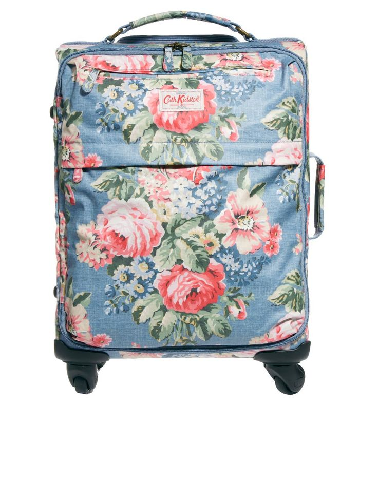 such a pretty suitcase :)  Won't get mixed up on the luggage belt