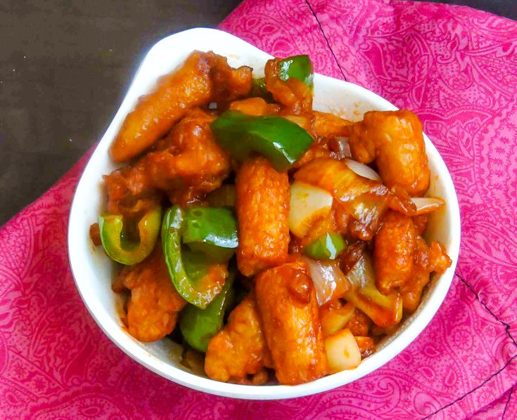 Make this Indian chinese style Chilli Baby Corn Recipe. Addition of green bell pepper chillies garlic and ketchup brings out the flavor in the dish and is truly irresistable. Serve the semi gravy chilli babycorn recipe with hakka noddles to make a perfect meal for dinner.-Recipe by Priya.-->http://ift.tt/1o6y4KZ #Vegetarian #Recipes