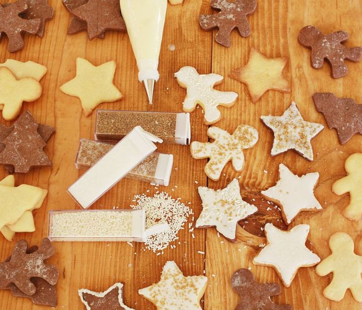 Sugar Cookies + Royal Icing Recipes - A BEAUTIFUL MESS
