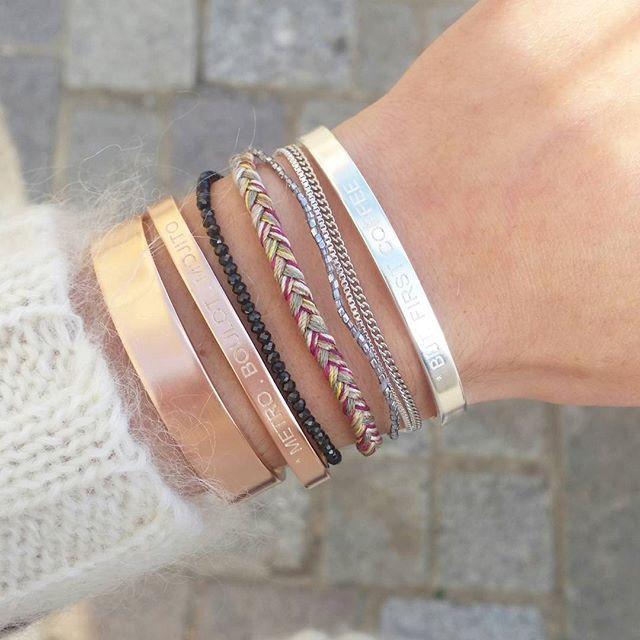 #armcandy Nouvelle co : or, or rose, argent, gravé ou non... C'est à vous de choisir ;) #metroboulotmojito #butfirstcoffee #bonnieparkerjewelry #bracelets3ors