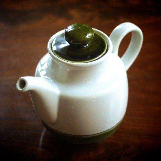 """Tea pot """"Colditz GDR""""."""