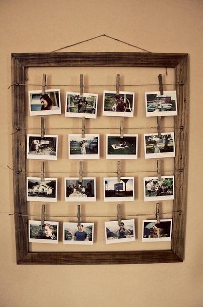 Sehe dir das Foto von FlowerPower mit dem Titel Bilderrahmen zum selber machen. Klasse Idee. Einen Bilderrahmen aus altem Holz bauen und dann Fotos an Wäscheklammern und Paketschnur aufhängen. Auf die Wäscheklammern kann man auch noch Details über die Fotos aufschreiben (Datum, Ort, Anlass etc) und andere inspirierende Bilder auf Spaaz.de an.