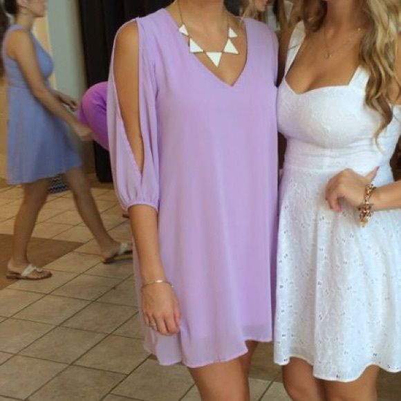 Lulus light purple dress Lulus light purple dress worn once for a sorority function. Drapes beautifully with open quarter length sleeves! Lulu's Dresses