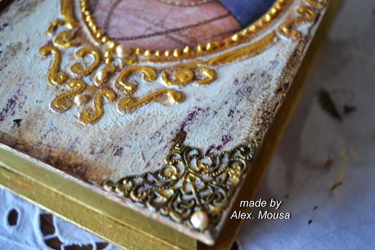 woden box decoration detail