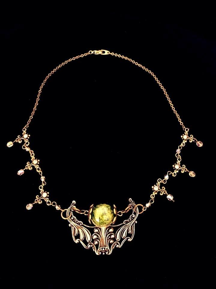 Necklace 'Fairy of the Forest' (16mm glass orb with moss)